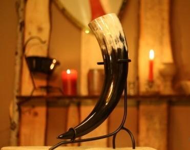 Mittelalter Trinkhorn in verschiedenen Größen